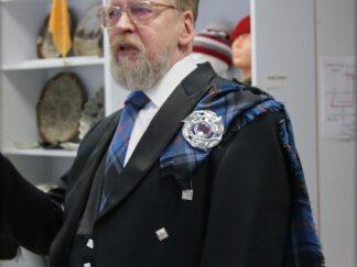 Mees Eesti tartaniga šoti rahvariietes