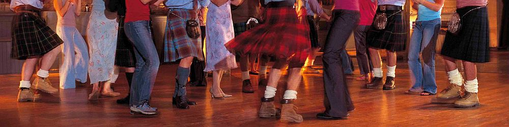 Picture of a ceilidh dance
